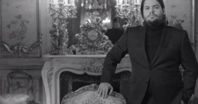 Brays Efe estrena 'De repente' en el Teatro Lara de Madrid
